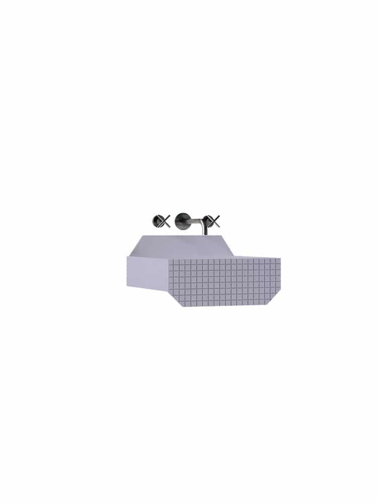 One Low Checkered Liliac